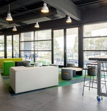 cameron-industrial-office-design-8-700x445